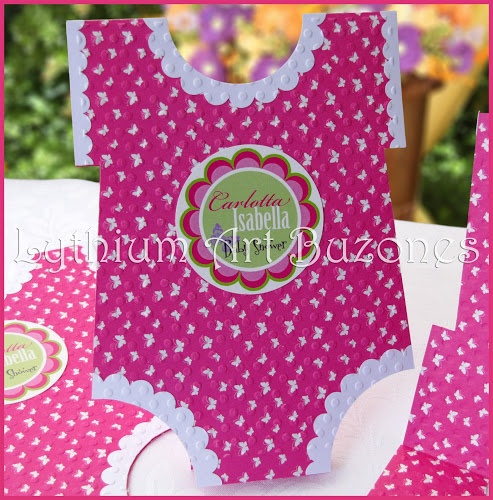 "Invitaciones para Baby Shower ""Baby Rompers"""