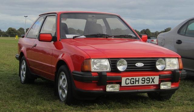 Car 13 was an Escort XR3