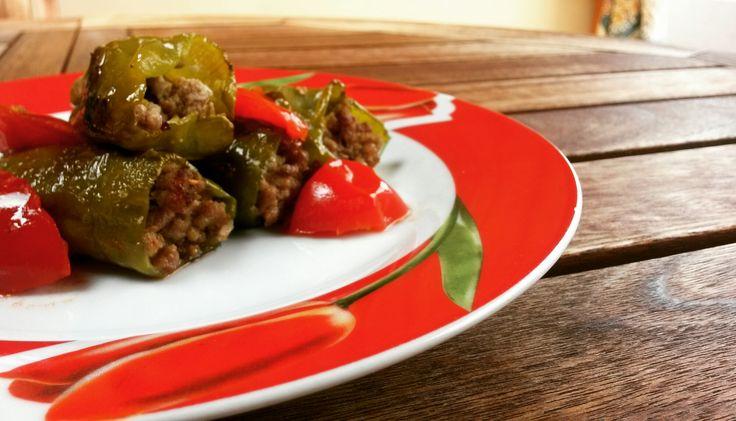 Ifriggitelli, detti anchefriarelli, sono dei piccoli peperoni verdi dal gusto piuttosto dolce, comunque non piccante, tipici della cucina campana. Il loro nome proviene dal fatto che ve…