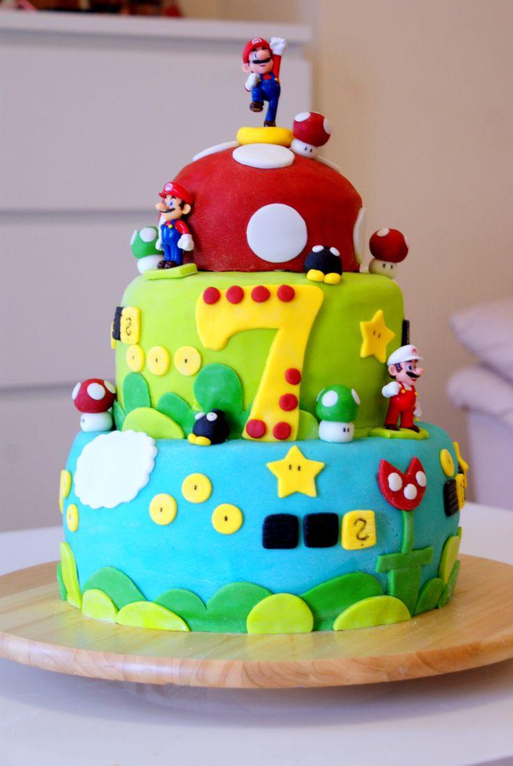 super mario cake tort z super mario hannah 39 s party pinterest super mario cake super mario. Black Bedroom Furniture Sets. Home Design Ideas
