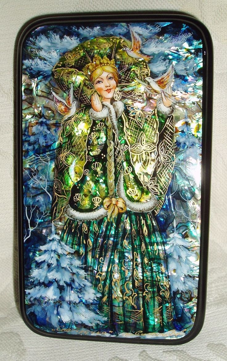 """Russian Lacquer Box Mother of Pearl """" Snow Beauty """" Winter Hand Painted   eBay"""