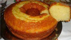 Em meio a tantas receitas confeitadas, sempre fui um fascinado por bolos simples, daqueles que tomamos com chá. Eles me trazem à lembrança quando tomava ch