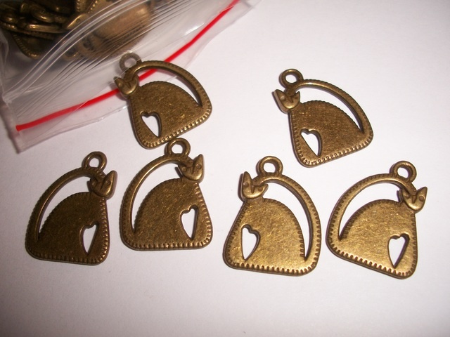 Cat charms - for all of those cat lovers, coming up in supplies tonight!