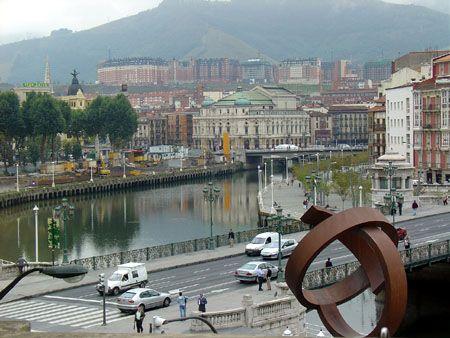 Puente del Ayuntamiento de Bilbao