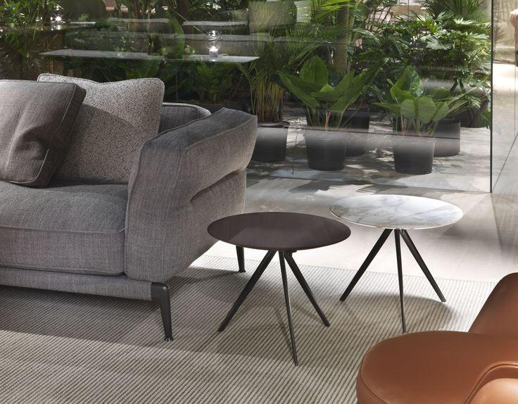 #FLEXFORM ADDA #sofa and ZEFIRO small #tables #design Antonio Citterio. Find out more on www.flexform.it