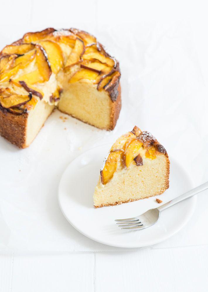 perzikcake met gele room