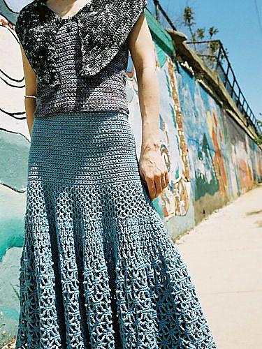 Crochet web skirt--free pattern on Ravelry - LOVE it!