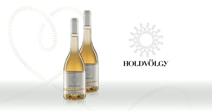 "HOLDVÖLGY INTUITION NO1.  Tokaji Zéta Szamorodni 2008 Monovarietal Single Vineyard Holdvölgy  Our consumers and guests know and like Intuition No1. as ""Holdvölgy's speciality from Zéta grape variety"". After 2007 we produced a much kinder and a well groomed szamorodni in 2008 - which exactly like a perfect marriage between variety and vineyard. It has nearly a 6 puttonyos aszú's sugar content but it's exceptional acidity gives an entrancingly vibrant and lively character. On the nose orange…"