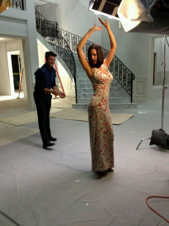 @Lauren González y @Monica Spear promocion de Pasion Prohibida !!!