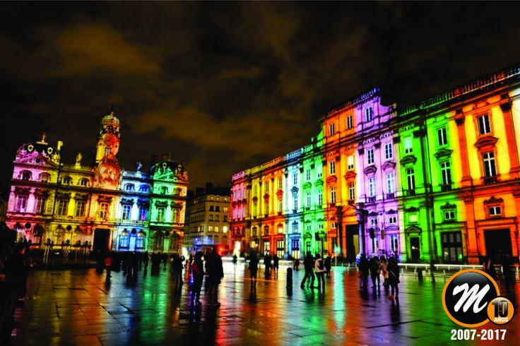 PINTAR LA CIUDAD CON LUZ | Festival de Lyon