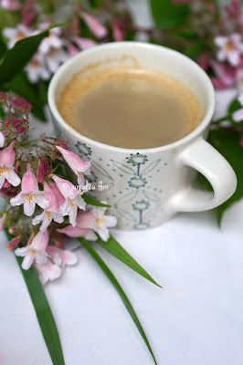 #cafea #coffee #dimineata #ceascacafea #floriroz #jurnalcuflori