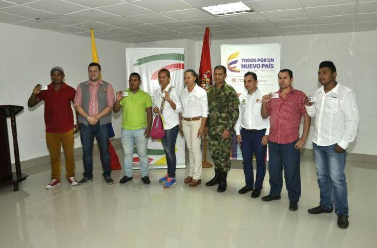 Víctimas del conflicto armado recibieron libretas militares en Cartagena - Caracol Radio