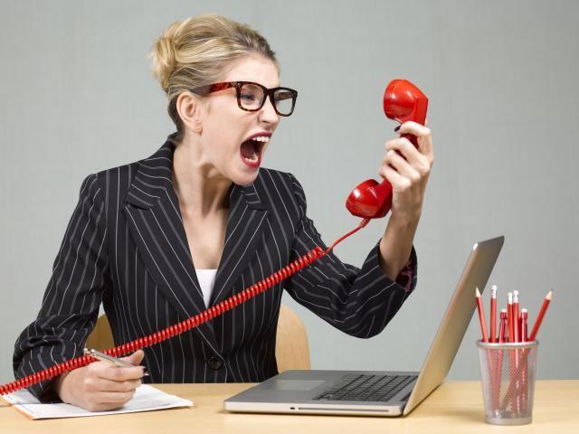 El 57% de los consumidores ha colgado alguna vez a un teleoperador