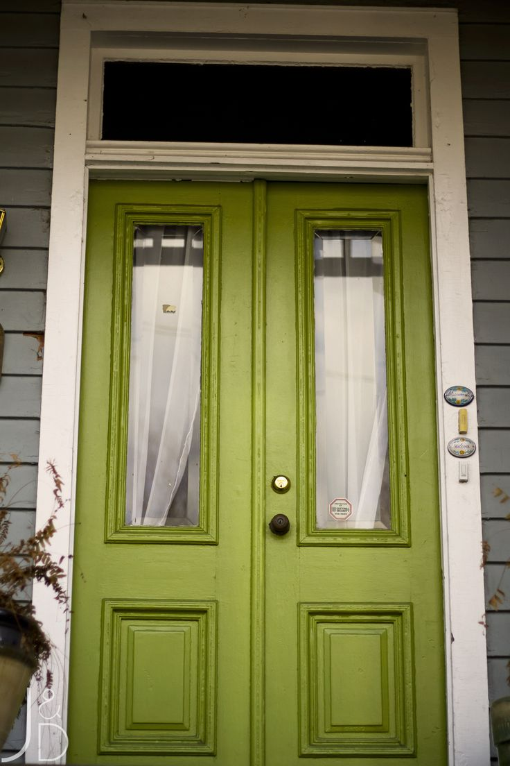 What Color is your Front Door? From red and yellow, to green and bright blue, here are 12 Colorful Front Doors to inspire you.
