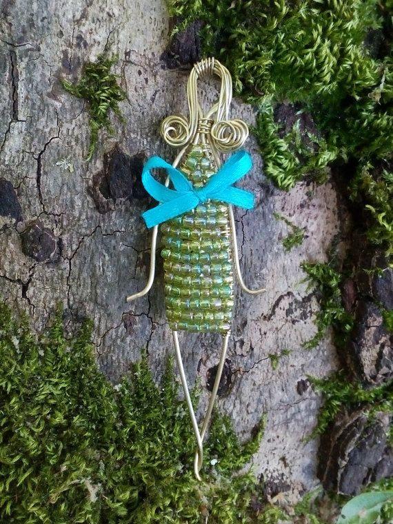 Unique brooch, Doll brooch, Romantic brooch, Brass brooch, Doll pin, Doll clasp, Doll cotter, Puppet brooch, Puppet pin, Puppet clasp  #DollClasp #BrassWire #PuppetClasp #PuppetBrooch #turquoise #brass #DollPin #PappetPin #RibonBow #DollBrooch