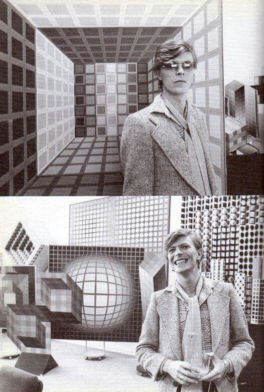 1977 - David Bowie from D.J. video 70s.
