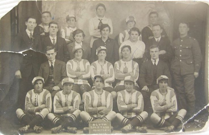 Blyth Spartans Ladies, winners of the Munitionettes Cup, 1918