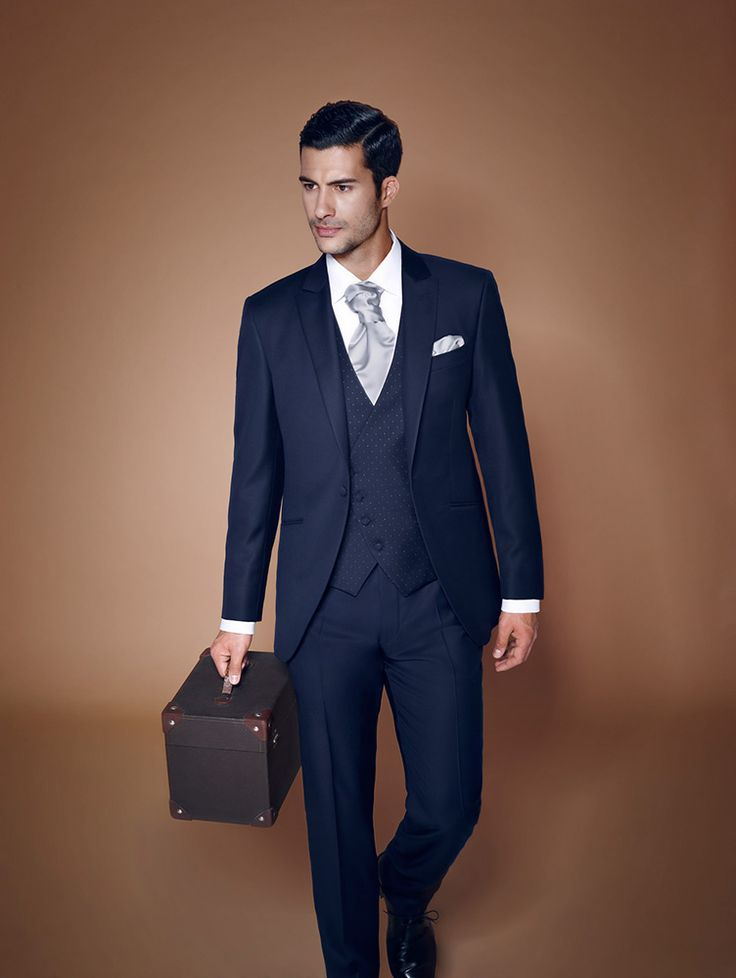 SuitFellas is the Best Place to buy Suits in Los Angeles and Online, Specializing in Modern, Slim Fit, and Classic styles to fit all tastes and budgets.