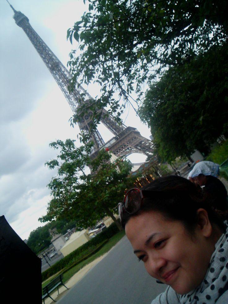 Memanfaatkan waktu 2 hari di Paris dengan santai di taman dan menghirup udara segarnya...