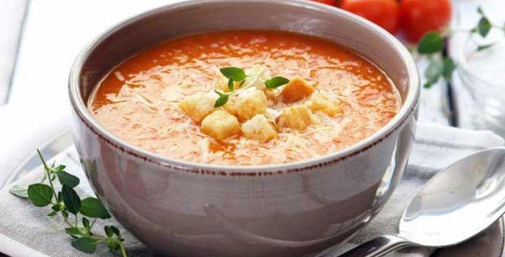Hjemmelaget tomatsuppe med chili
