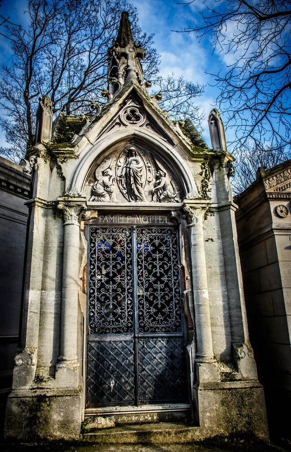 ***  The cemetaries in Paris are beautiful and very peaceful.  Pere Lachaise Cemetary, Paris