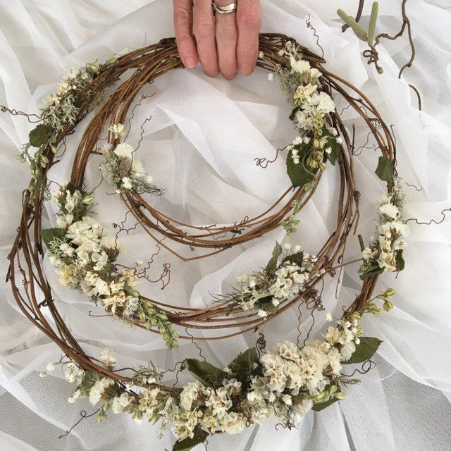 White Fairy-tale Woodland Hoop Bouquet, Wedding Dried Flower Hoop Natural Woodland – FREE 2nd Class UK postage