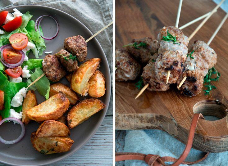 Græske kødspyd og råstegte timiankartofler