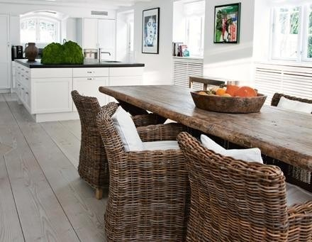 love the floors: Dining Rooms, Rattan Chairs, Woods Tables, Farmhouse Table, Dining Chairs, Rustic Tables, Black White, Wicker Chairs, Dining Tables