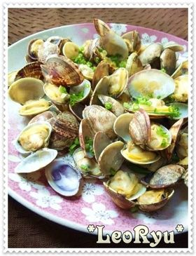Steamed Clams with Butter ★あさりのバター蒸し