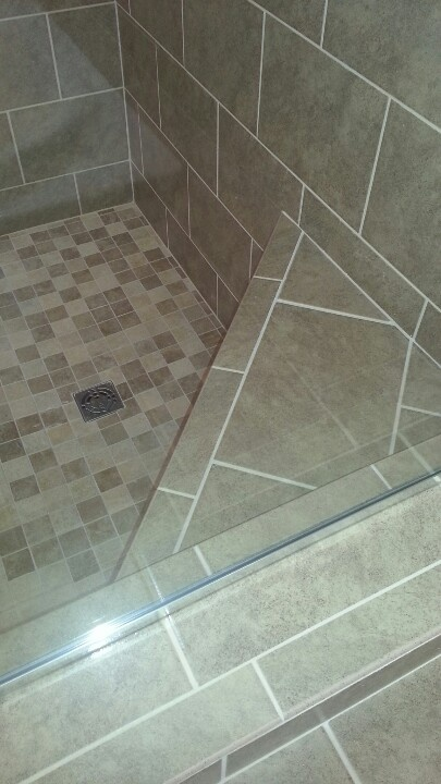 florida series 8x12 wall and 2x2 on shower pan with nice corner bench