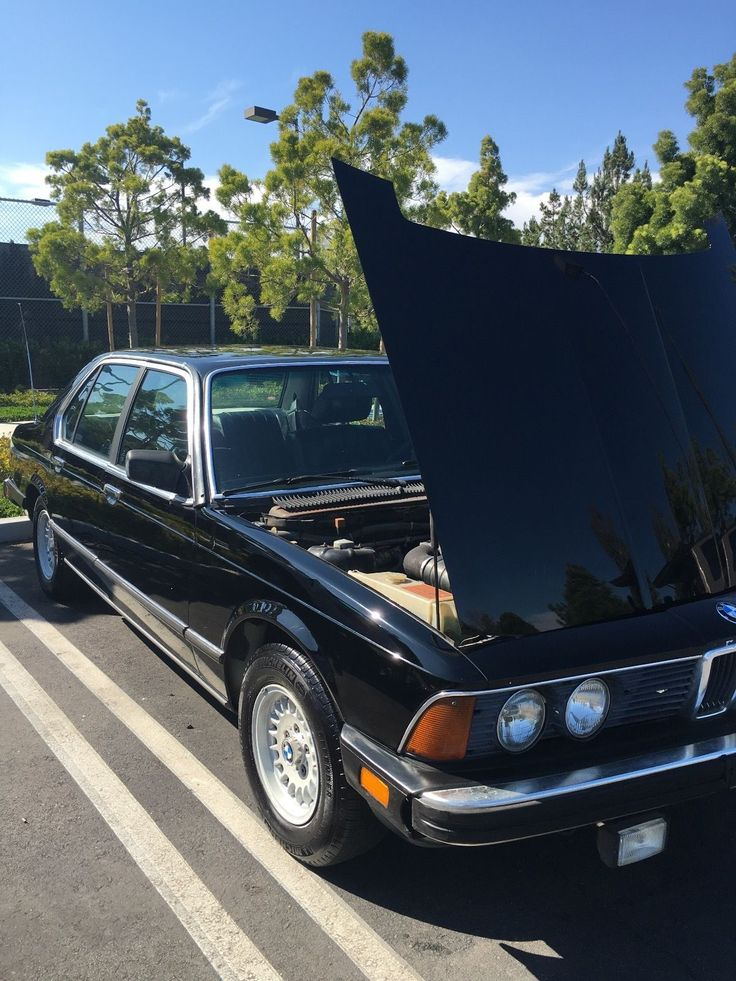 Car brand auctioned:BMW: 7-Series 733i 1983 Car model bmw 733 i classic jet black in decent shape Check more at http://auctioncars.online/product/car-brand-auctionedbmw-7-series-733i-1983-car-model-bmw-733-i-classic-jet-black-in-decent-shape/