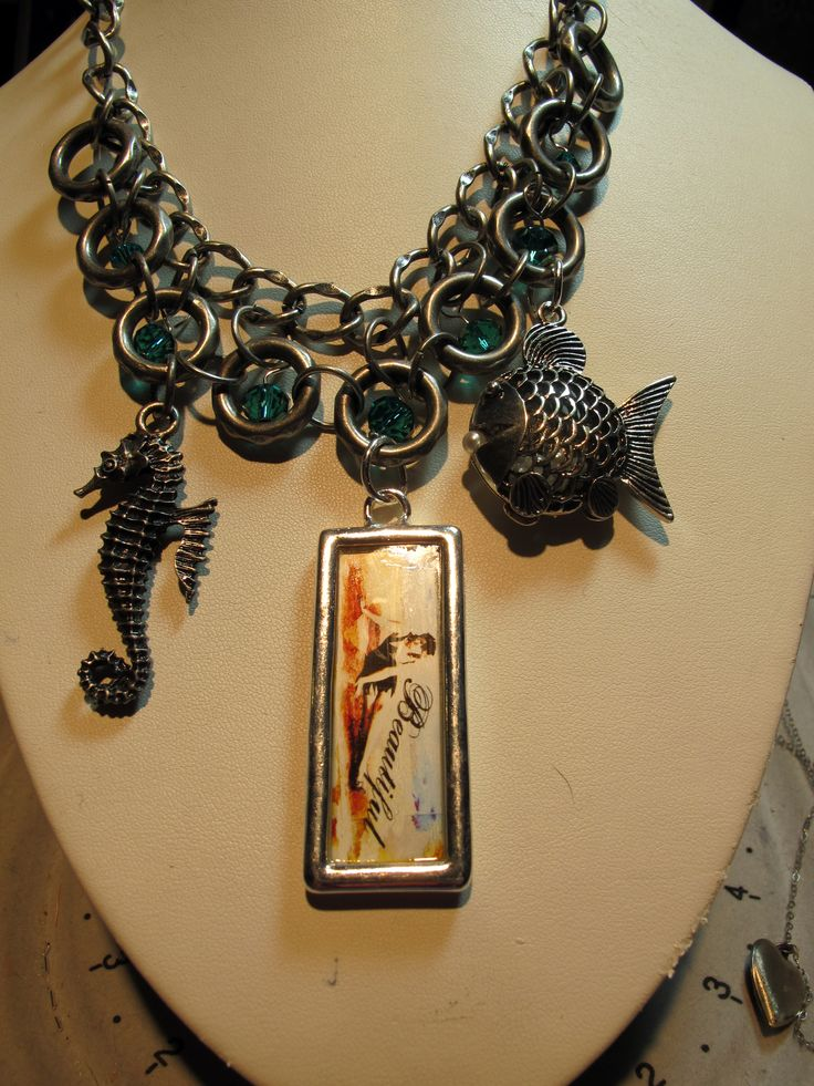 Art i cake beach themed necklace embellished with aqua teal