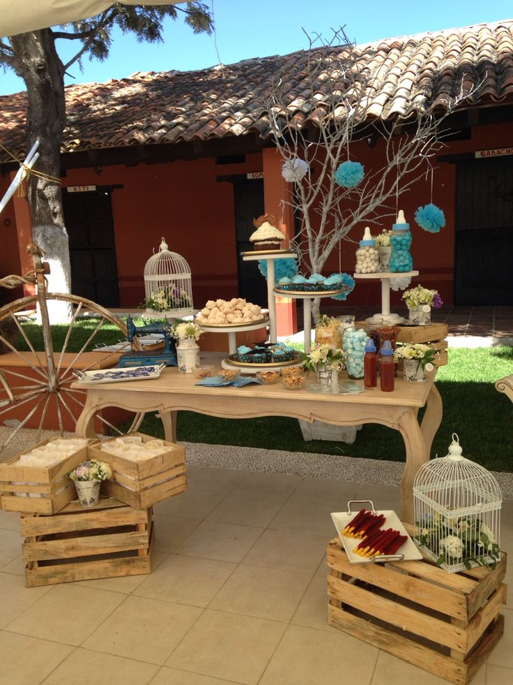Hermosa mesa de dulces vintage para baby shower en for Ver jardines decorados