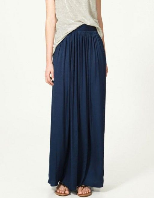 Petite Women: How to look good in a maxi skirt