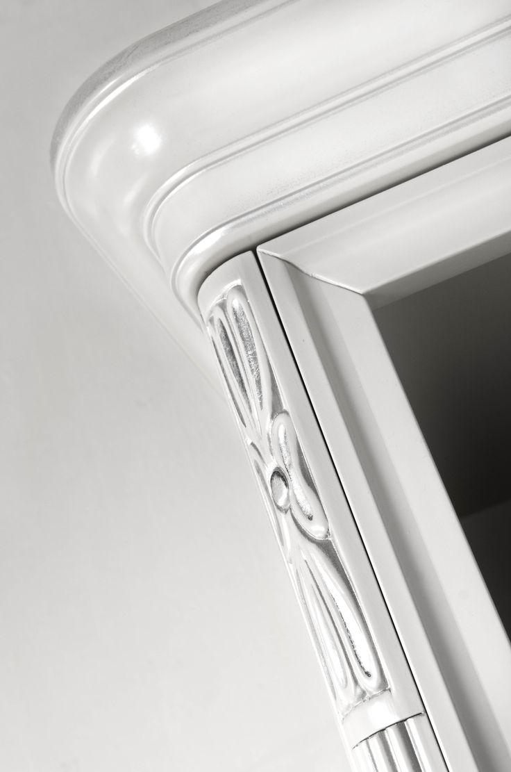 Precious furniture details Colectia Marco Polo