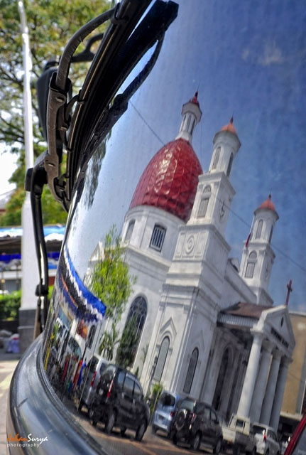http://semarangkota.com/heritage/gereja-blendoeg-gereja-sejuta-foto/