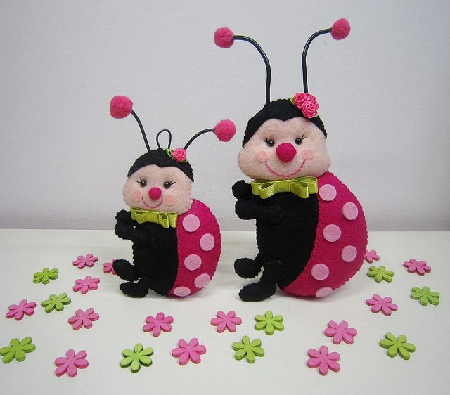 ♥♥♥ Meninas joaninhas... by sweetfelt ideias em feltro, via Flickr