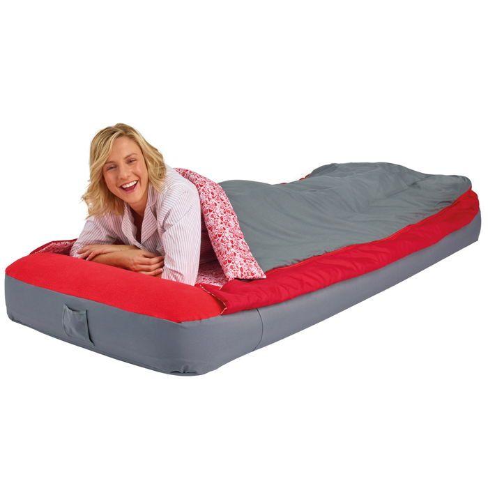 Un matelas super pratique grâce à son sac de couchage intégré ! Toutes les dimensions ici: http://www.raviday-matelas.com/matelas-gonflable-1-personne-readybed-deluxe/ #matelas #lit #appoint #confort #fermeté #maison #appartement #camping #voyage