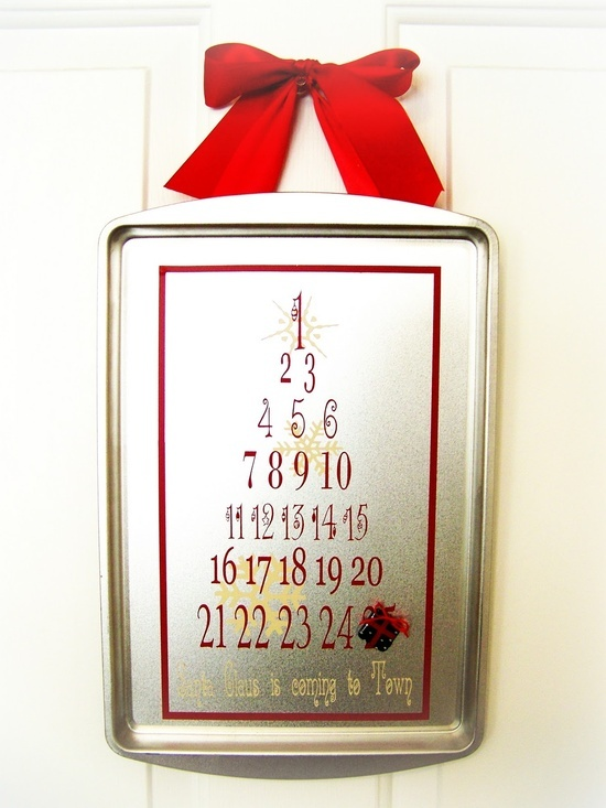 25 EXTRAORDINARY Christmas Ideas over at the36thavenue.com - Never too early to start planning for next Christmas....