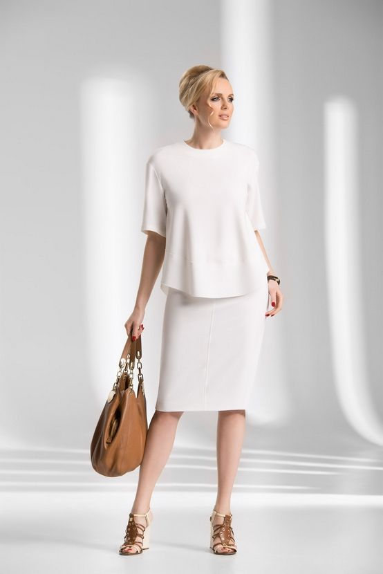 Bluzka damska senso w kolorze ekri wizytowa; krótki rękaw; z tyłu zapięcie na zamek.