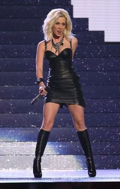 Kellie Pickler is hot and all, but country music, for the most part has become completely unrecognizable. Description from forums.smirkinchicken.com. I searched for this on bing.com/images         Lederlady ❤