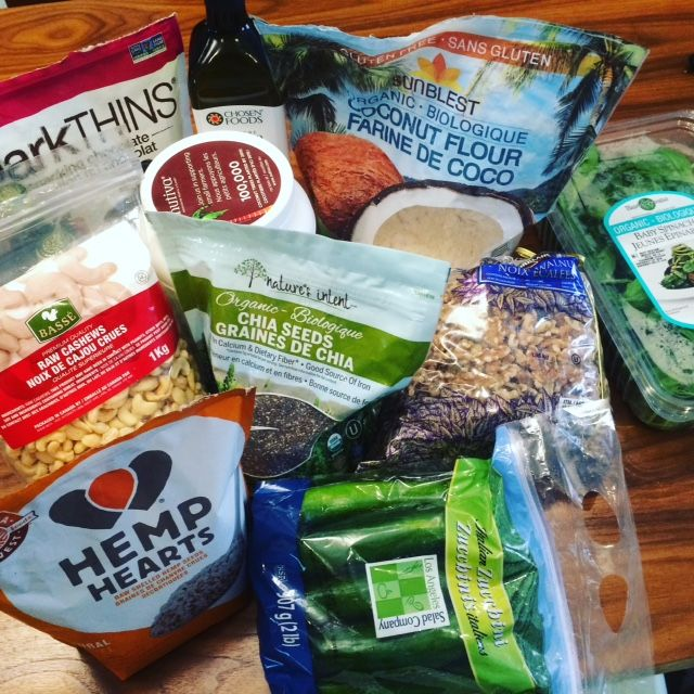 The 10 healthy products to grab at Coscto.  Picked by a nutritionist.