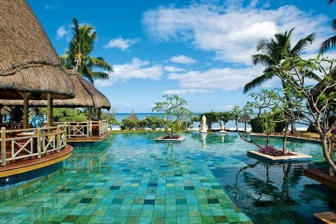 view from la pirogue hotel mauritius Holiday Cafe holidaycafe@travelbyarrangement.com www.holidaycafe.co.za 011 794 4900