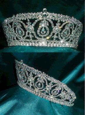 Duchess Royal Crown Tiara Windsor. I wore a replica of this on our wedding day.