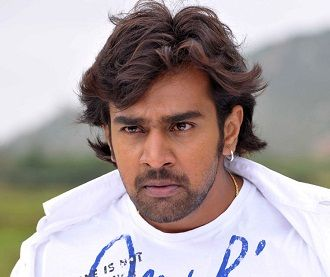 Arjun Sarja Height, Weight, Age, Caste, Wife, Family, Wiki & Biography, Upcoming Movies