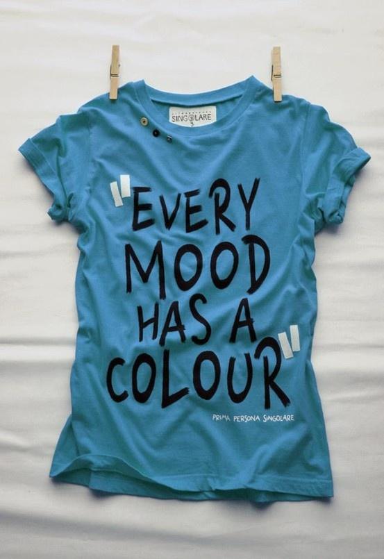 *** BLU ***  Caratteristiche: Una maggior percentuale di persone citano il blu come il loro colore preferito e l'occhio umano lo riconosce anche a grandi distanze.  Cosa trasmette: Fiducia, affidabilità, appartenenza, freschezza, amicizia, calma, tranquillità, serenità, potere, successo, professionalità.