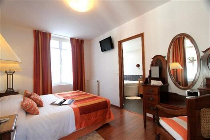 Nos Suites Vue sur mer - Hotel de charme vue sur mer en Normandie, chambre et suite à honfleur et deauville, hotel 3 étoiles en normandie SITE OFFICIEL - Bellevue Hotel #hotel #restaurant #hoteldecharme #vuemer #borddemer #mer #plage #chambre #orange #cosy #authentique #cocooning #weekend #normandie #normandy #hotel #restaurant #hoteldecharme #vuemer #borddemer #mer #plage #chambre #orange #cosy #authentique #cocooning #weekend #normandie #normandy