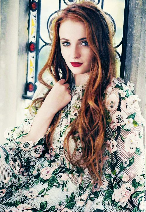 Sophie Turner from Game of Thrones stuns with her gorgeous auburn hair. Achieve these waves with ghd stylers and see the colour care products to help keep your colour vibrant. http://www.regissalons.co.uk/shop/must-have-hair-colour-products/
