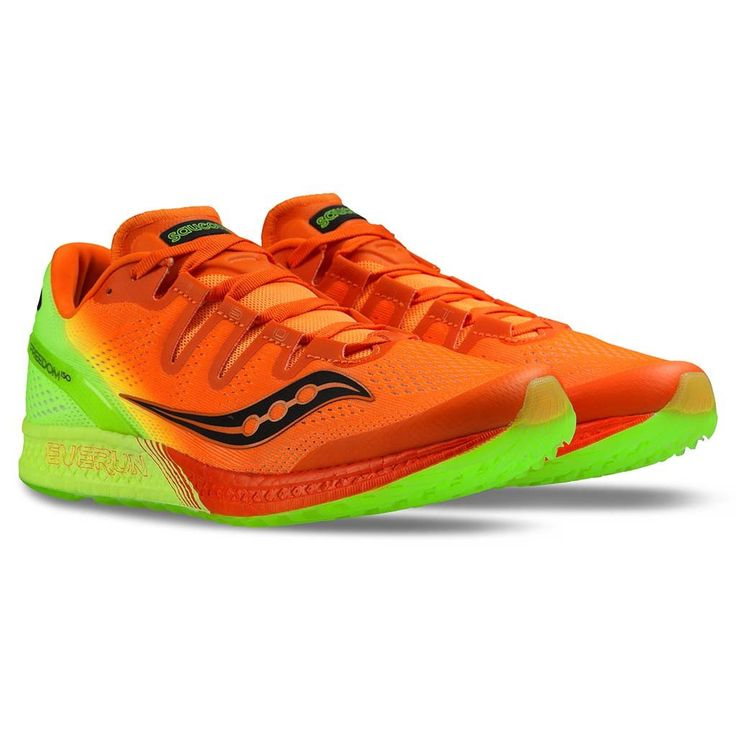 Chaussure de course homme Saucony Freedom Iso orange citron men's running shoes #running #saucony #courir #freedom #runningshoes #soccersportfitness #courseapied #course