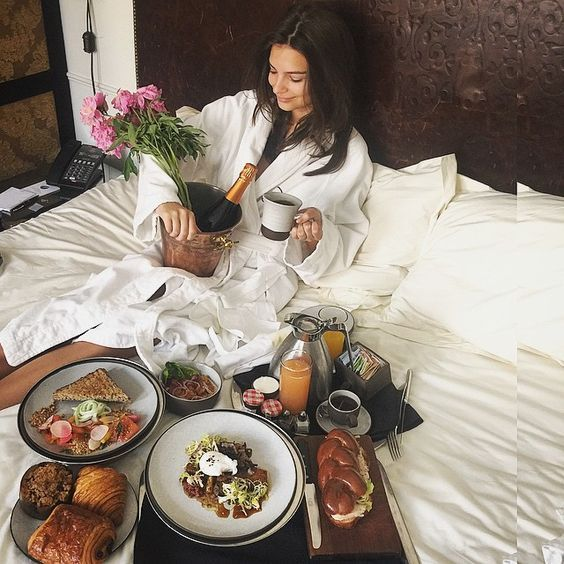 What all mothers truly wish.. Breakfast in bed  // via Instagram